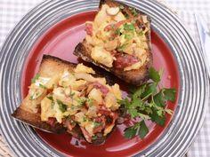 Receta   Tosta de bacalao con pimientos del piquillo - canalcocina.es