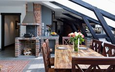 great use of beams and vaulted ceilings.