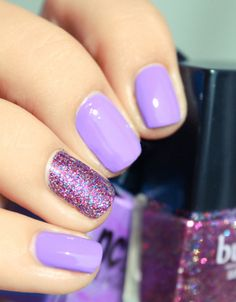 Mauve and Glitter Nail Art Design