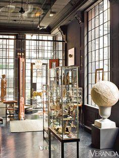 Here are textile executive Pierre Frey's favorite destinations in SoHo/Nolita. Loft Interiors, Vintage Interiors, Jewelry Store Design, Loft Interior Design, Loft Studio, Pierre Frey, Boutique Design, Commercial Interiors, Soho