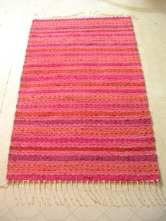 Rag Rugs, Tear, Recycled Fabric, Woven Rug, Scandinavian Style, Handicraft, Pattern Design, Hand Weaving, Recycling