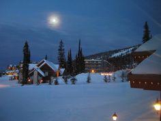 Big White Canada - Full Moon
