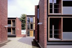 Studentenwohnanlage am Saalepark — Hof / Projekte / Bez + Kock Architekten