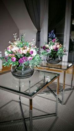 Dekoracia Table, Furniture, Home Decor, Decoration Home, Room Decor, Tables, Home Furnishings, Home Interior Design, Desk