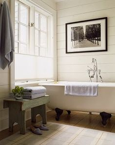 Love this horizontal paneling...looking for inspiration for our bathroom makeover