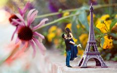 Prewedding Ideas Yogi Manchekar Eiffel Tower #iphone #miniature #miniatures #miniaturephotography #preweddingphotography #photoshooting #photoshoot #photographyart #photography #photographylovers #prewedding #preweddingshoot #preweddingphoto #alibaug #revdanda #beach #romanticpicture #romance #romanceonbeach #romanticcouple #filmycouple #filmywedding #yogimanchekar #eiffeltower