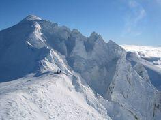 Vous ne devinerez jamais dans quelle région de France ces 17 photos ont été prises... Sérieux, j'ai halluciné ! Stations De Ski, Les Cascades, Mount Everest, Mountains, Travel, Photos, Culture, Alps, France