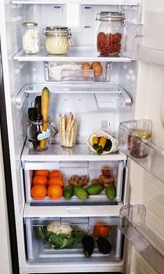 AWESOME - DO THIS - HOW TO STORE FOOD WITHOUT USING PLASTIC. LOVE Paris To Go: Zero-Waste Food Storage