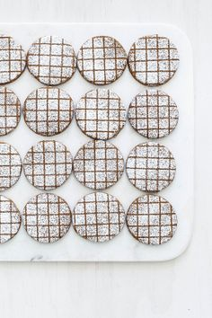 sarah´s gingerbread grid pattern
