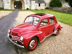 Small Cars, Car Stuff, Old Cars, French Vintage, Vintage Cars, Classic Cars, Automobile, Trucks, Passion