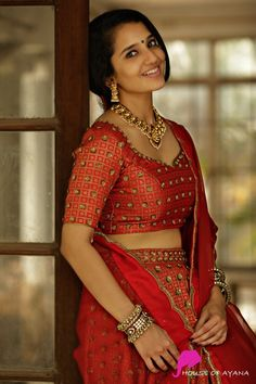 20 Latest Saree Blouse Designs for Women - Style Your Wife Beautiful Girl Indian, Most Beautiful Indian Actress, Beautiful Saree, Beautiful Babies, Gorgeous Women, Beautiful People, Indian Photoshoot, Saree Photoshoot, Beauty Full Girl