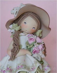Bambola in porcellana fredda, pasta di mais, porcelana fria.