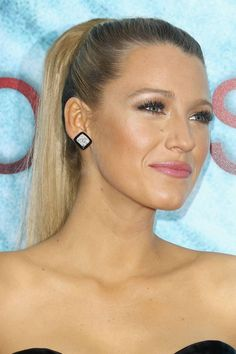 Best Cost-Free Ponytail hairstyles straight Ideas The summer months are just about around and now you should get ready for autumn time with an innovat High Ponytail Hairstyles, High Ponytails, Sleek Hairstyles, Straight Hairstyles, Step Hairstyle, Black Hairstyle, School Hairstyles, Curly Hairstyles, Wedding Hairstyles