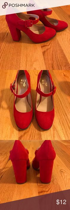 Mix No. 6 sassy red heels Super sassy, red, suede chunky heels! Mix No. 6 Shoes Heels