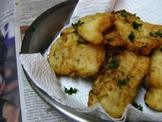Lemon, garlic & parsley battered hake recipe is shared in the main meal section on Stuffed Feeling, offering dinner ideas for the family. Hake Recipes, Fish Recipes, Great Recipes, Dinner Recipes, Fish Dishes, Seafood Dishes, Fish And Seafood, Main Meals, Quick Meals