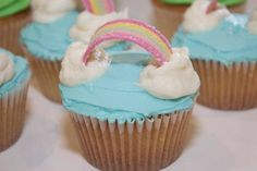 Over the rainbow  www.lisabscupcakes.com