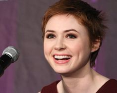 Karen Gillan has cowlicks and dimples and it is adorable