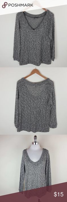 V neck long sleeve speckled small V neck long sleeve speckled top 41%polyester 43% cotton  16% rayon Tops Tees - Long Sleeve