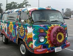 This is exactly what I wanted to do when I finished High School...I LOVE this hippie van!  I wanted to get one of these and paint it all myself!
