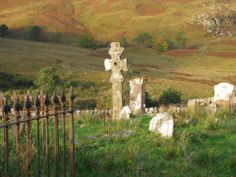 Explore the Kilchoan Graveyards with its centuries-old stones. (c) Eric Delwart