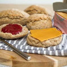 Muffins, Scones, Vegan Recipes, Cheesecake, Baking, Breakfast, Desserts, Morning Coffee, Tailgate Desserts