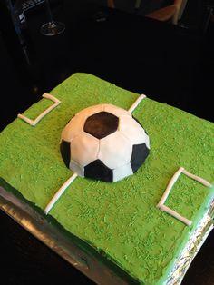 Fodbold kage til Gustavs 4 års fødselsdag
