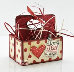 Valentine Treat Box Big shot box # 2 die 114518 to make this Valentines Day Treats, Valentine Day Crafts, Love Valentines, Holiday Crafts, Valentine Decorations, Valentine Cards, Treat Holder, Treat Box, Cardmaking