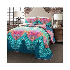 Boho Chic Quilt 3 Piece Set ($90) ❤ liked on Polyvore featuring home, bed & bath, bedding, turquoise, turquoise bedding, lush decor bedding, patterned bedding, paisley bedding and turquoise paisley bedding