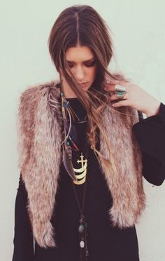 A #bohemian Life ☮k☮ #boho  Hippie style, Autumn winter fall, look, outfit, fur waistcoat,