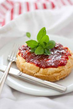 Tengo un horno y sé cómo usarlo   Recetas de cocina con fotos   Cocina paso a paso   Gastronomía  : Tarta de queso salada (no es otra tarta de queso!)