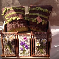 Felt Crafts Patterns, Sewing Patterns, Textiles, Straw Bag, Weaving, Reusable Tote Bags, Throw Pillows, Margarita, Flowers