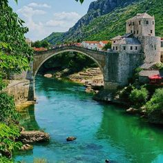 You don't have to be rich to travel well. Enjoy the beautiful scenery of the Mostar bridge. #mostar #bosnia #wanderlust #eurotrip #eurotripper #travelgram