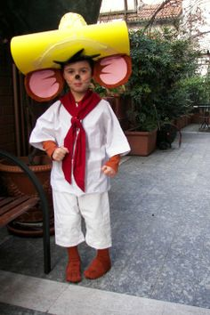 Speedy Gonzales carnevale 2011  sc 1 st  Pinterest & Homemade Yosemite Sam costume. Looney tunes theme. | Our weekly 25+ ...