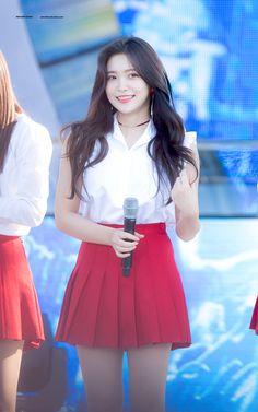 Seulgi, Pleated Mini Skirt, Skater Skirt, South Korean Girls, Korean Girl Groups, Red Valvet, Kim Yerim, Kpop Girls, Amazing Women