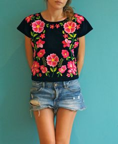 Lindas blusas que puedes usar para tus outfits de diario - Beauty and fashion ideas Fashion Trends, Latest Fashion Ideas and Style Tips