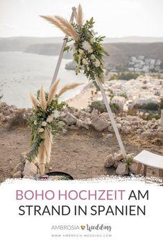 Boho Hochzeit am Strand in Spanien. Traumhochzeit im Boho Stil, Boho Wedding in Spanien. Boho Deko für die Boho Braut. #boho #bohowedding #bohohochzeit #bohodeko