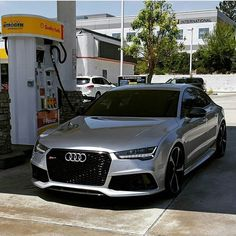 Audi RS7. Only a handful of other daily driven performance machines rival it. Which ones would you own?