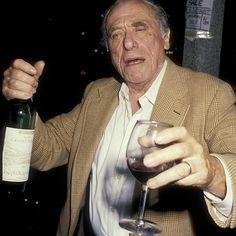 """""""Nunca Vi Ele Bêbado"""": uma Entrevista com o Editor de Charles Bukowski\"""
