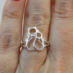 FashionJunkie4Life - Sterling Silver Two Hugging Cats Ring, $20.00 (http://www.fashionjunkie4life.com/sterling-silver-two-hugging-cats-ring/)