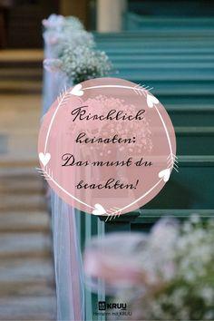 Der Traum in weiss, eine Kirche, du und dein Liebster! Bis es soweit ist, liegt noch ein weiter Weg vor dir. Hier viele Tipps, auf was du bei einer kirchlichen Trauung achten solltest!  #kirchlichheiraten #heiraten #kirche #hochzeit #ehe #kruu #liebe