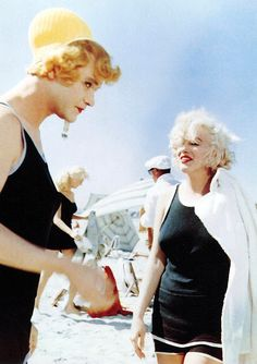 Jack Lemmon and Marilyn Monroe on the set of Some Like It Hot (1959)