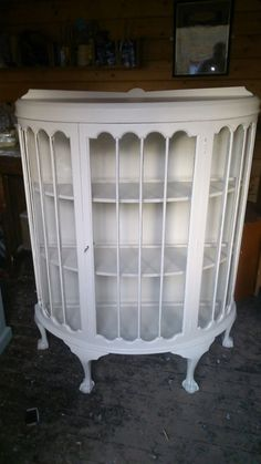 STUNNING REFURBISHED ART DECO 1920'S DISPLAY CABINET FARROW AND BALL PAINTED | eBay Dream Furniture, Funky Furniture, Refurbished Furniture, Upcycled Furniture, Furniture Makeover, Vintage Furniture, Painted Furniture, Antique Curio Cabinet, Curio Cabinets