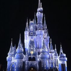 This' what the castle looks like in the winter all lit up. It really did look like it was covered with ice cycles and glistening snow.