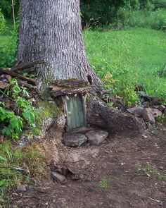 unique fairy garden | of other fairy doors in the world. Here are a bunch of Urban Fairy ...