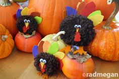 Kids Craft: Pom-Pom Turkeys ... radmegan.blogspot.com/