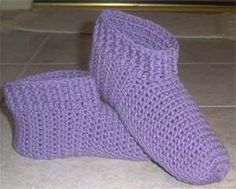 Ribbed Slippers - This is one of my favorite free patterns for crochet slippers