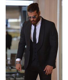 He looks so badass in black suits 🥵🤤🖤 . Turkish Men, Turkish Beauty, Turkish Actors, Stylish Men, Men Casual, How To Look Handsome, Handsome Man, Beard Styles, Gorgeous Men
