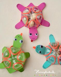 Upcycling idea: cute turtles 🐢💕 - An upcycling idea for children& birthday parties and Co. If you look closely, you will immedi - Animal Crafts For Kids, Daycare Crafts, Paper Crafts For Kids, Toddler Crafts, Preschool Crafts, Projects For Kids, Diy For Kids, Easy Crafts, Plastic Bottle Crafts