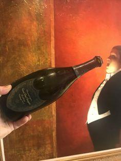 it ain't over till the fat man...drinks #DomPerignon's complex, hazelnutty Oenothèque 1973 (artist: Stephen Conroy of #marlboroughlondon) #Champagne #art🎨