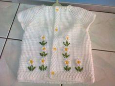 Crochet Bebe, Crochet Girls, Crochet For Kids, Baby Knitting Patterns, Hand Knitting, Crochet Patterns, Filet Crochet, Crochet Flowers, Baby Dress